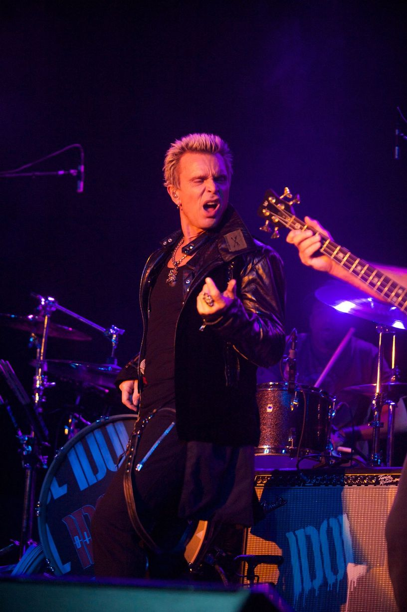 05-11-14-REVIEW-BILLY-IDOL-3